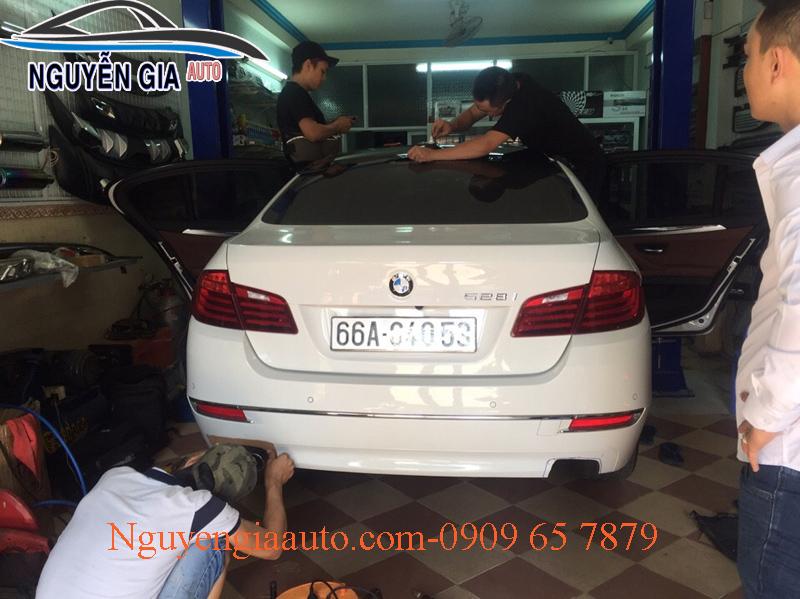 DÁN PHIM CÁCH NHIỆT CAO CẤP CHO XE BMW 528i
