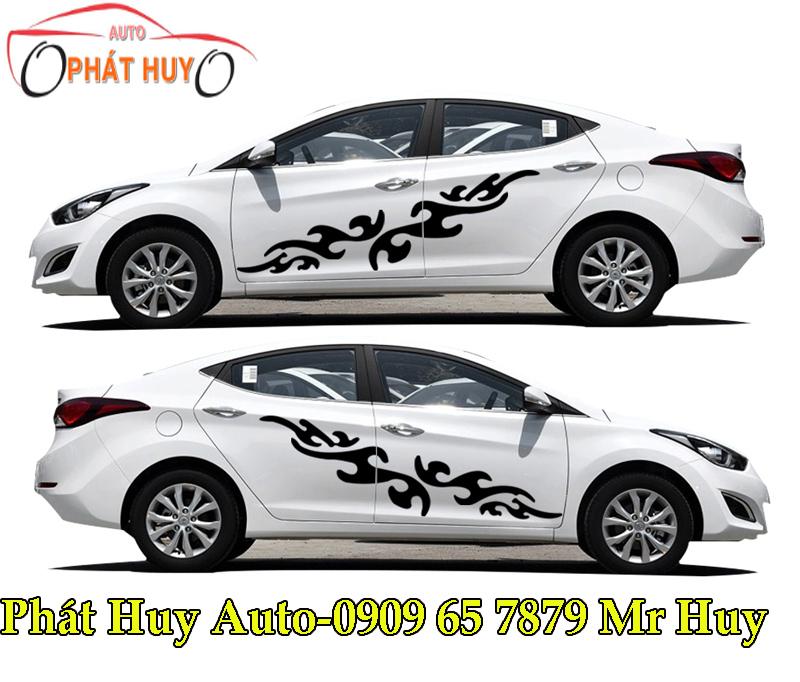 2017 Hyundai Elantra Camshaft: HYUNDAI ELANTRA : DÁN TEM CHO XE HYUNDAI ELANTRA 2017