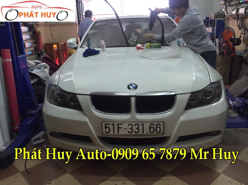 DÁN PHIM CÁCH NHIỆT 3M CHO XE BMW 320I